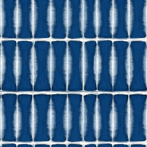 Indigo Feathered Pattern