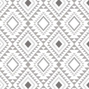 Tribal Diamond Grey