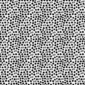xoxo // black and white mini design miniscule minute tiny xo heart valentines kids