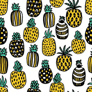 pineapple // summer fruit tropical yellow exotic