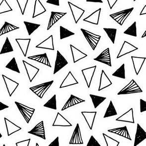 Triangles // scattered triangle shapes geometric black and white nursery