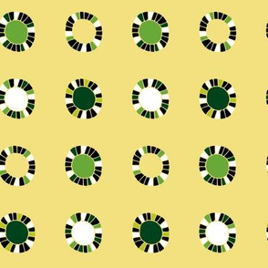 Owl & Pussycat Pea Green 4-in-1 yard sampler