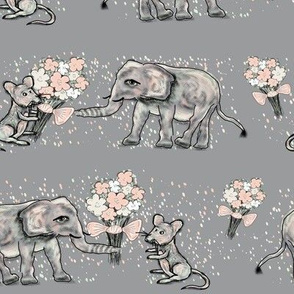 SIZE DOESN't MATTER ELEPHANT MICE FRIENDSHIP BOUQUET grey gray