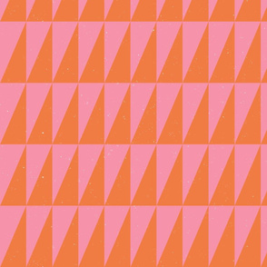 Dual triangles Pink Oj by Friztin