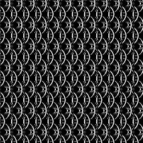 Dragonmaille-Vertical-Black