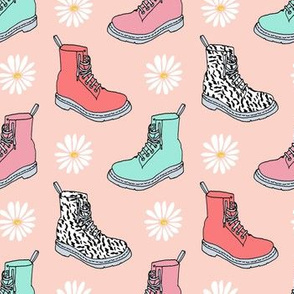 90s shoes // girly grunge cute daisies 90s girls pastel print