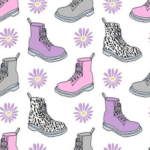 90s shoes // boots pink and purple daisies flowers 90s girly print