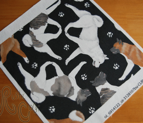 Trotting Akitas and paw prints - black