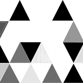 Black & white sketch triangle quilt