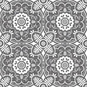geometric_lace_linen