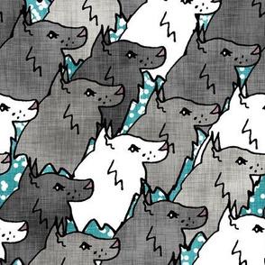 Gray Wolf Pack Linen