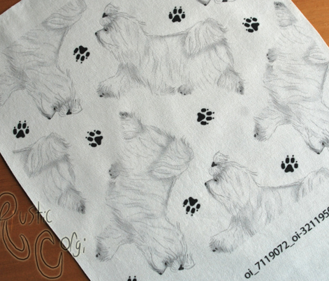 Trotting Maltese and paw prints - white