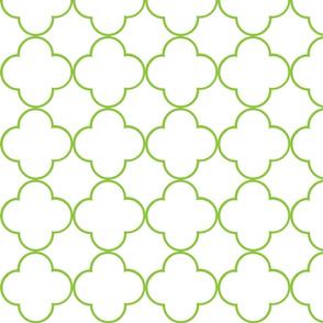 quatrefoil 2 Medium -  white lime