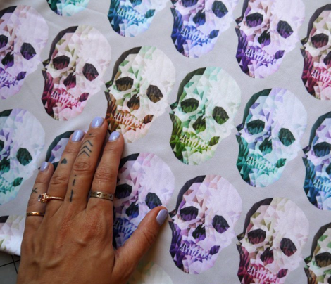 Rainbow Skulls Light