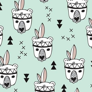 Cool geometric Scandinavian summer style indian summer animals little baby grizzly bear mint white