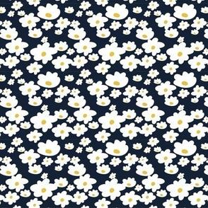 Sweet daisies in navy - TINY