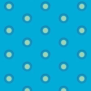 Blue O on mint 2