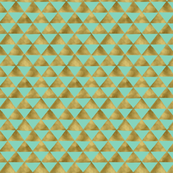 Gold_Painted_Triangles_Mint