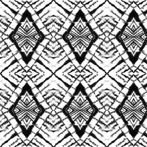 Dye Diamond Black and White