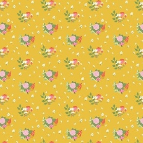Flower clusters in mustard yellow - SMALL