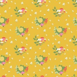 Flower clusters in mustard yellow - MEDIUM