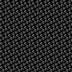 Tiny horseshoe prints - black