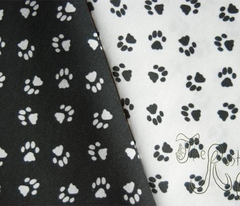 Tiny kitty cat paw prints - white