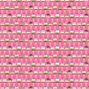 ice cream pink interlock small