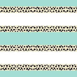 Cheetah Stripes Horizontal  -  Mint Snow