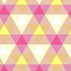 triangle gingham - pink lemonade