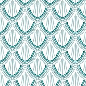 ombre mermaid scales // pantone 126-15