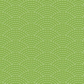 faux sashiko scallop on fresh green