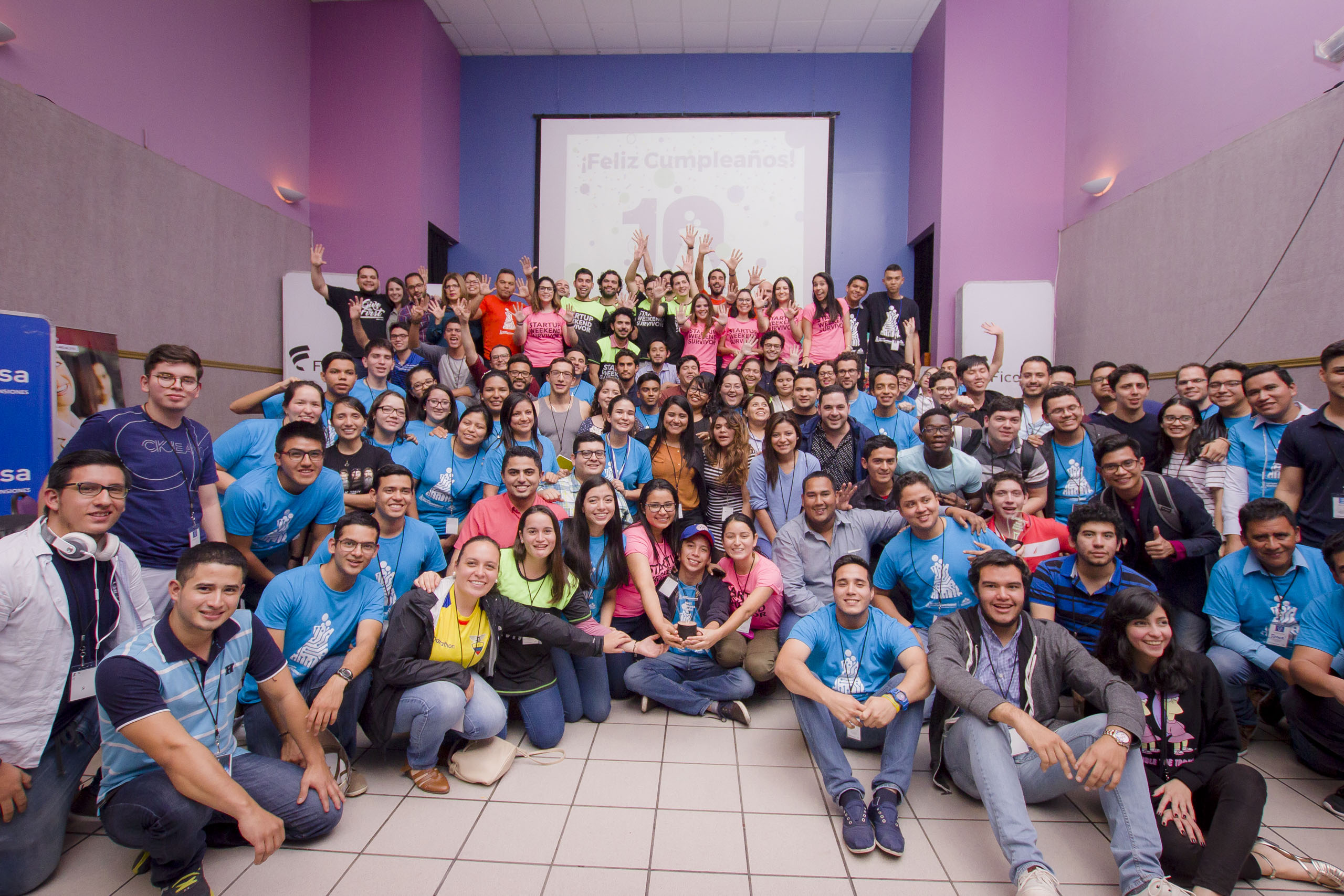 How to Organize a Successful Startup Weekend in 7 Steps