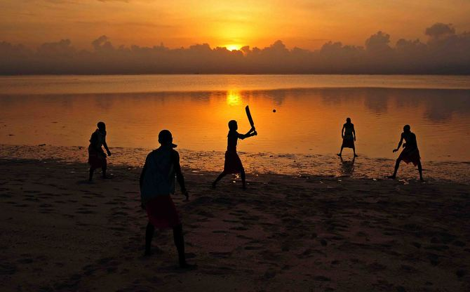 For the love of the game . . . Waking up early to train & to practice on the beach!!!