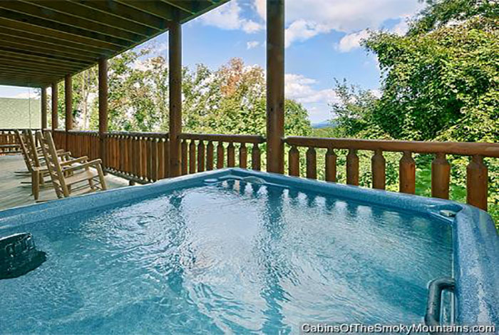 Pigeon Forge Cabin A Great Smoky Mountain Escape 5 Bedroom Sleeps 12 Jacuzzi Swimming