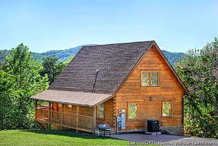 Pigeon forge cabin appalachian dream 4 bedroom sleeps 10 for 3 bedroom cabins in smoky mountains