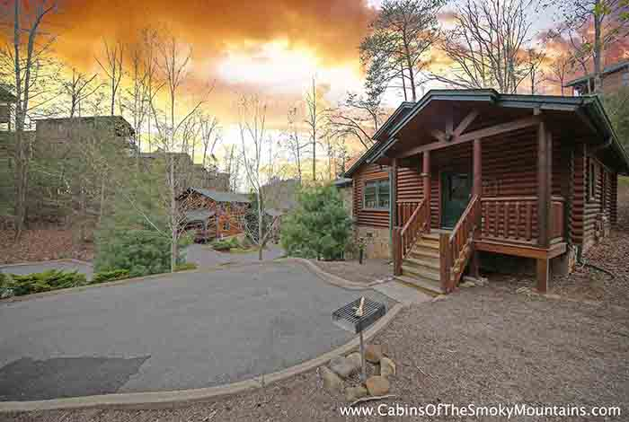 Gatlinburg cabin once upon a time 1 bedroom sleeps 4 jacuzzi swimming pool access for 2 bedroom hotels in gatlinburg tn
