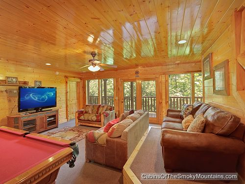 gatlinburg cabin mt leconte lodge 8 bedroom sleeps 24 jacuzzi