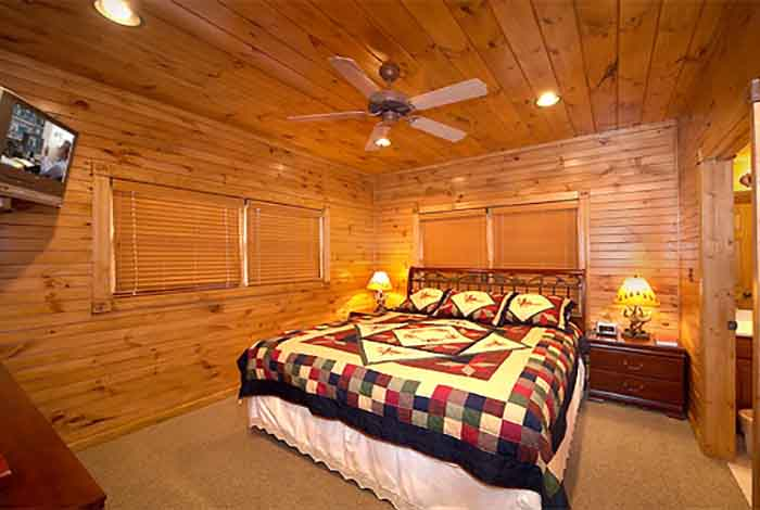 Gatlinburg cabin inspiration point 1 bedroom sleeps for 8 bedroom cabins in gatlinburg