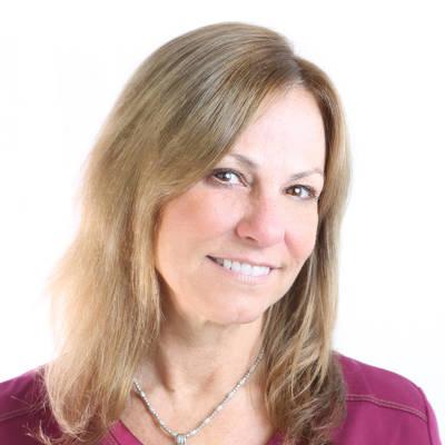 Lori Celentano, CMA