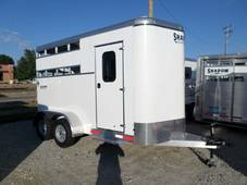 S2566 Stablemate 2 Horse Bumper Pull Trailer