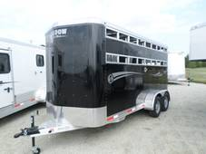 S2469 BLACK 3 Horse Stablemate