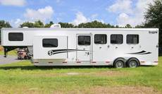 S3612 Getaway 4 Horse with EASY GLIDE SLIDE OUT
