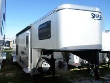 S2798 3 Horse Silver Sheeted GETAWAY LQ Trailer Oak Interior