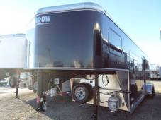 S2905 3 Horse GETAWAY Living Quarter Trailer Black Sheeted MAPLE interior