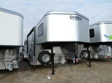 S2794 4 Horse GETAWAY Living Quarter Trailer Silver Sheeted