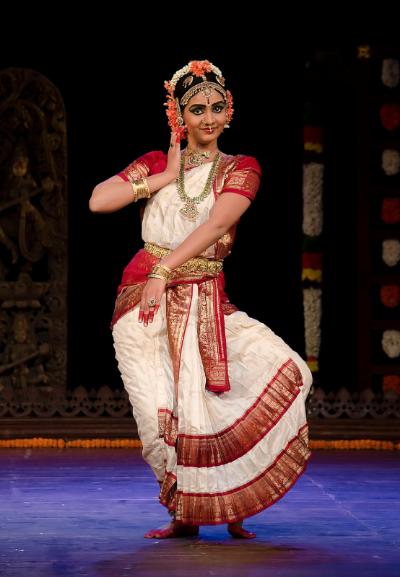 Kuchipudi : Dance of men