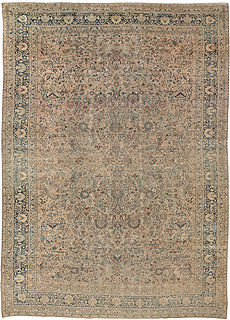 A Persian Kirman rug BB2942