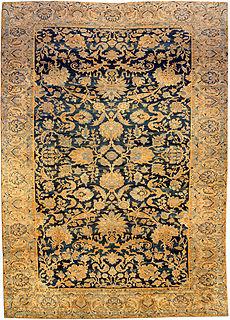 A Persian Kirman rug BB3800