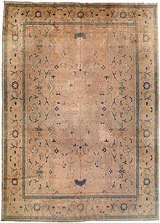 A Persian Tabriz rug BB0678